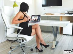 Rachel Starr Gets Railed by Her Boss