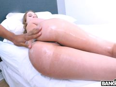 Daisy's Anal Stretching