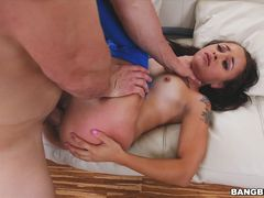 18 year old Holly Hendrix gets demolished!