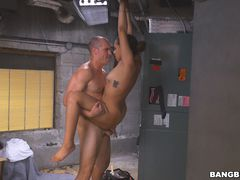Mariah Banks Fucks The A/C Repair Man