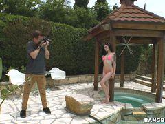 Marley Brinx trades photos for anal sex