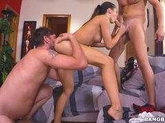 College Slut Carolina Gets two D's in her double penetration oral exam