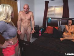 Step-Sisters Lexi Luna and Cristi Ann end up sharing a cock