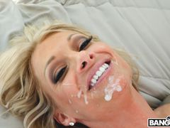 Horny Realtor Gets Her Asshole Stretched