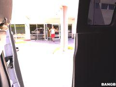 Kelsi Reverse Bang Bus pt. 2
