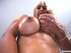 Nina Kayy's for the big tits lovers