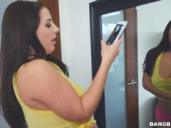 Stepsister Takes Selfies of Her huge Tits