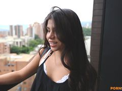 Hot Colombian Chick Wants To Be A Model