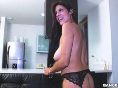 Super Hot Colombiana