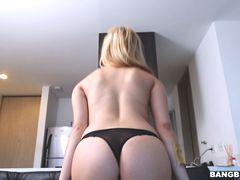 Teen Colombian Blonde is a Hot Fuck