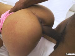 Latina Maid Gets An Eyeful