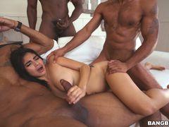 Michelle Martinez Takes On 3 Wild Anacondas